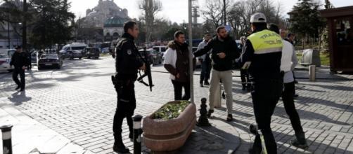 Strage di turisti a Istanbul, Isis rivendica.