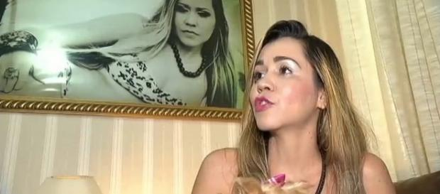 Globo entrevista Ivete e Record Carla Verde