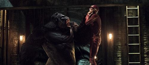 Grodd ed il Velocista Scarlatto in The Flash 2