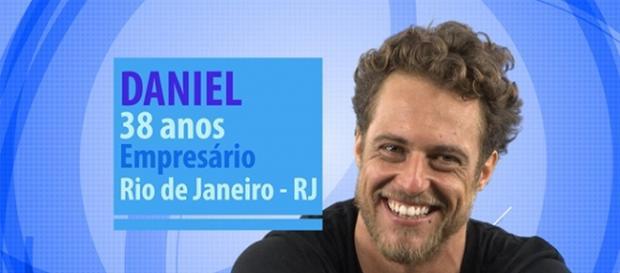 Daniel é romântico e aberto a um grande amor