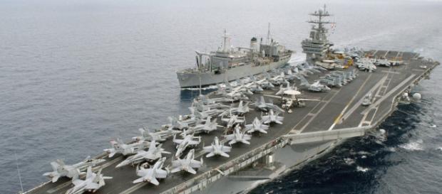 Due navi USA in acque territoriali iraniane