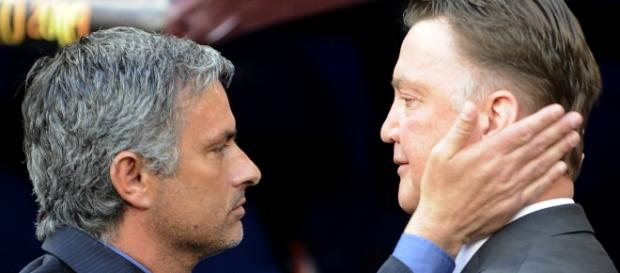 José Mourinho não vai suceder Van Gaal