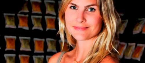 Júlia Faria é blogueira e atriz