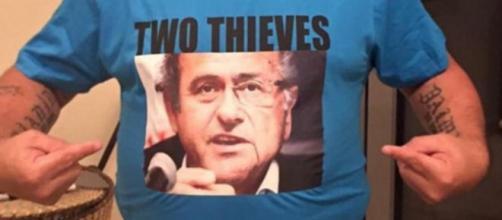 La maglietta provocatoria di Diego Maradona