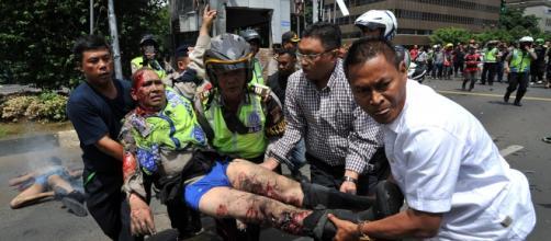Un policia herido en atentado de Yakarta