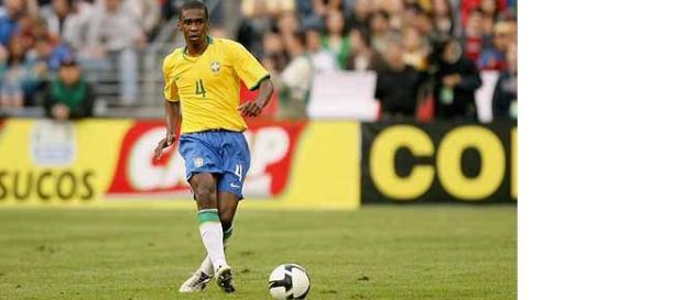 Juan atuando pela seleção brasileira.