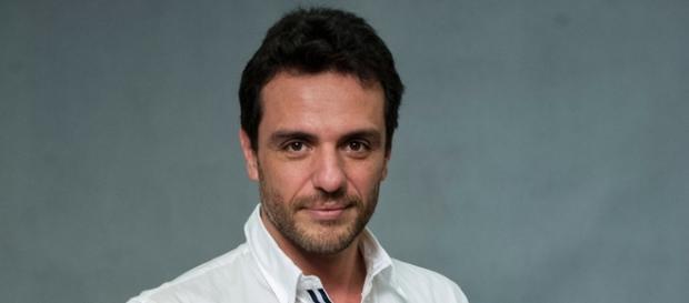 Rodrigo Lombardi é Rosa em 'Velho Chico'
