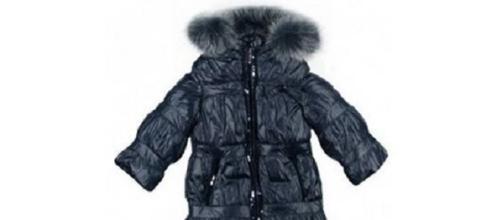 Ritirati cappottini con pellicce pericolose
