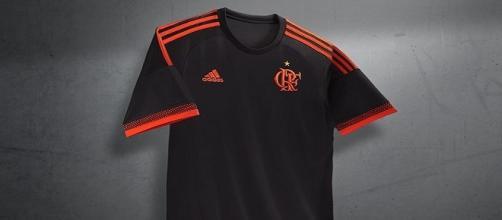 O novo terceiro uniforme do Flamengo