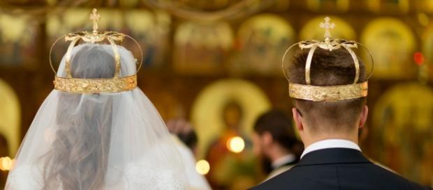 BOR vrea căsătorii exclusiv între bărbați și femei