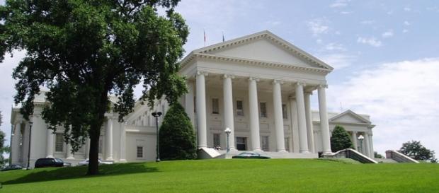 Virginia State Capitol: wikipedia.org Anderskev