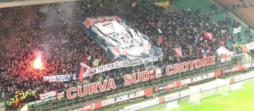Crotone - Cagliari, sfida al vertice della serie B