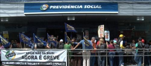 Medicos peritos decidem encerrar a greve