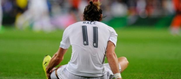 Bale en el suelo en el partido contra el Sporting