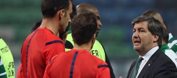 Bruno de Carvalho está com sérios problemas