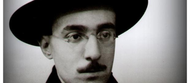 Pessoa, um dos ícones da Literatura Portuguesa
