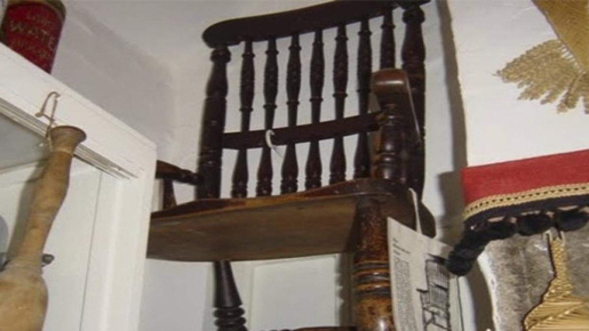 Objetos malditos: La silla de Thomas Busby