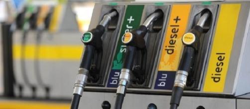 Distributore fai da te di benzina