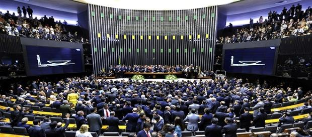 Deputados petistas barram lei contra empreiteiras