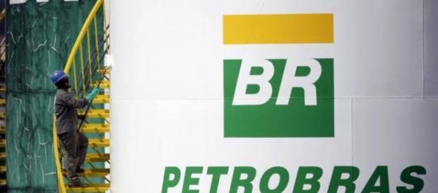Preços de açoes voltam a cair abaixo de R$ 4,80