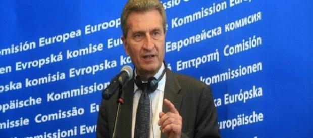 Unijny Komisarz Günther Oettinger