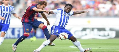Gideo Baah, en un amistoso contra el Barça