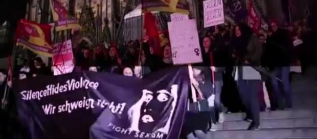 Protesto em Colônia. Imagens do YouTube