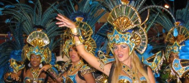 Carnevale 2016: ballerine di samba