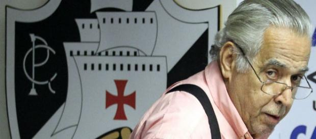 Eurico Miranda segue afastado do Vasco