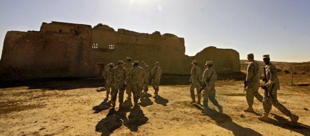 Truppe americane arrivano al monastero di st'Elia