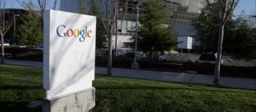Google pagó a Apple 1.000 millones de dólares