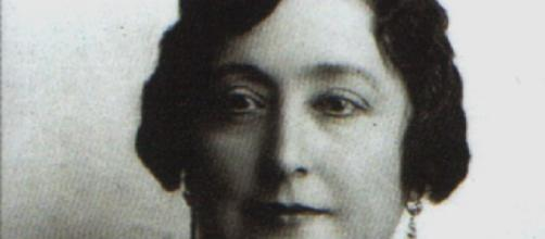 La escritora española Carmen de Burgos