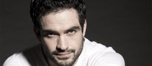O ex-rbd Alfonso Herrera agora se dedica as séries