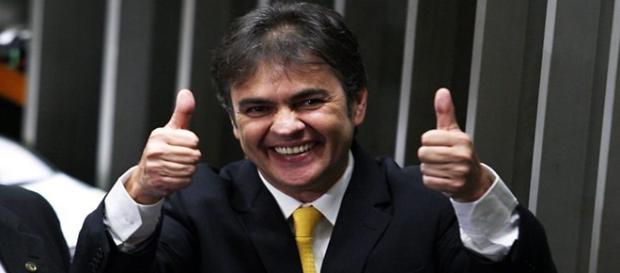 Dois senadores do PSDB fazem parte da lista