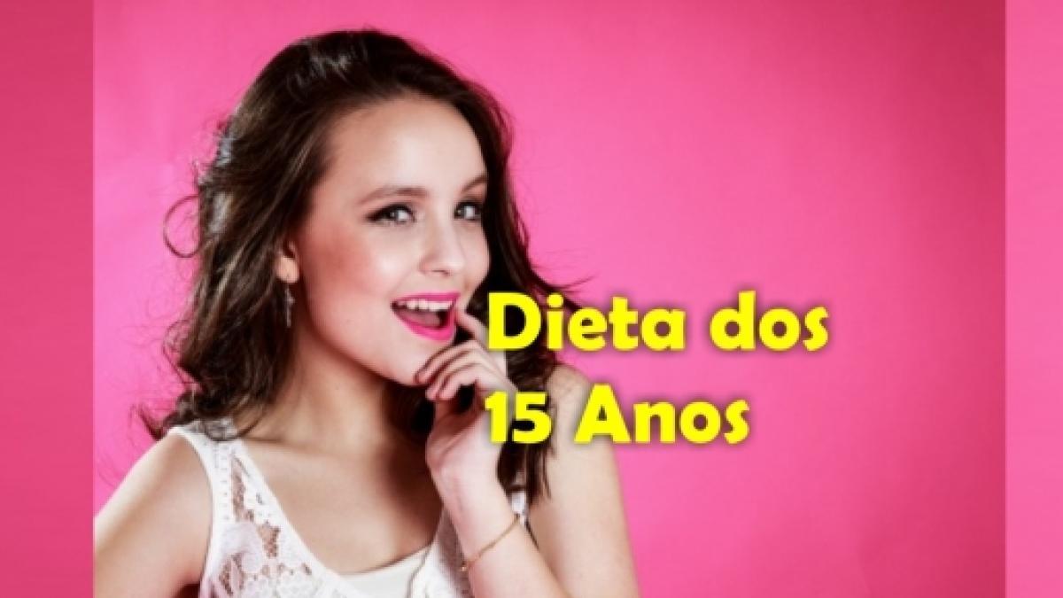 Larissa Manoela começa a  Dieta dos 15 anos  para não pensarem que ela está  grávida e5b8aa5b1f