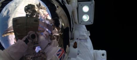 Tim Peak ed il suo selfie spaziale