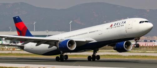 Comissarios De Bordo Entrevista: A Delta Airlines Está Contratando Comissários De Bordo Em