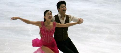 Maia and Alex Shibutani earn gold. Wikimedia.