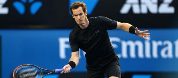 Andy Murray disputando el partido de tercera ronda