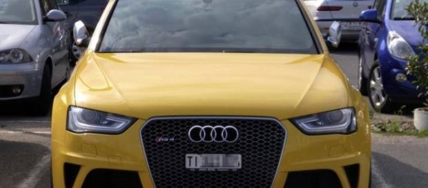 Caccia all'Audi gialla: le news