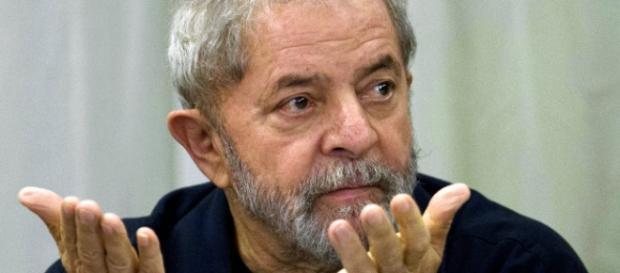 Segundo 'Veja', Lula pode ser denunciado pelo MP