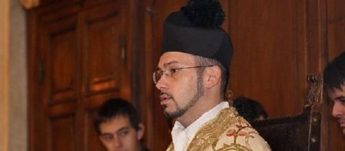 Angelo Chizzolini, il prete contro gli immigrati