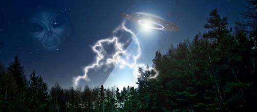 CIA libera documentos secretos sobre OVNIs.