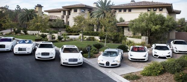 Colección coches Mayweather. Fuente: viva.co.id