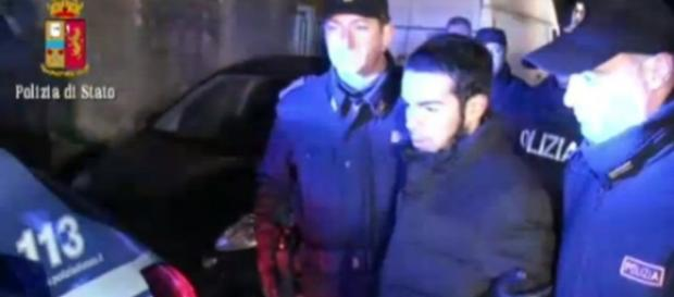 Il ragazzo posto sotto arresto a Cosenza