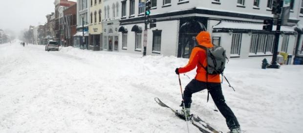 Nevasca deixou as ruas desertas