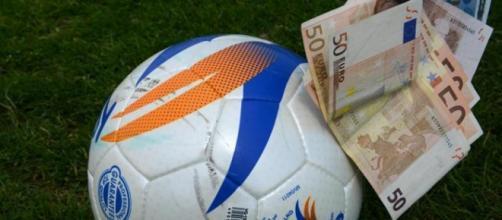 Calcio, scandalo frode ed evasione fiscale