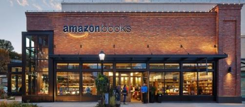 Una libreria fisica Amazon book.