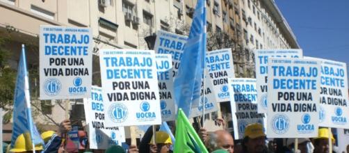 Macri echó a 30 mil obreros y caerán 110 mil más