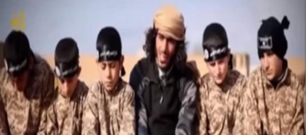 'Lwiątka Kalifatu' już tu są? (YT scrn)